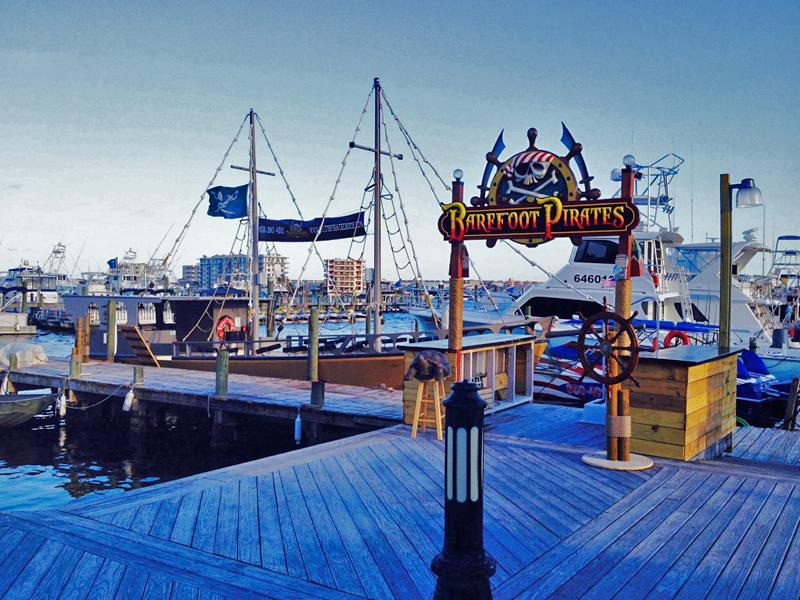 destin pirate boats