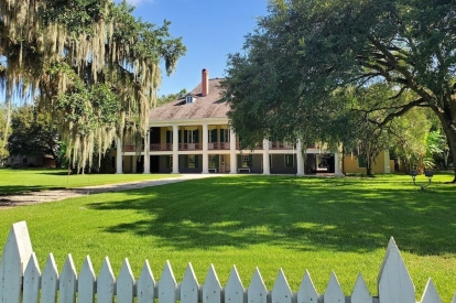 Destrehan Plantation & Swamp Tour From New Orleans By Grayline Tours