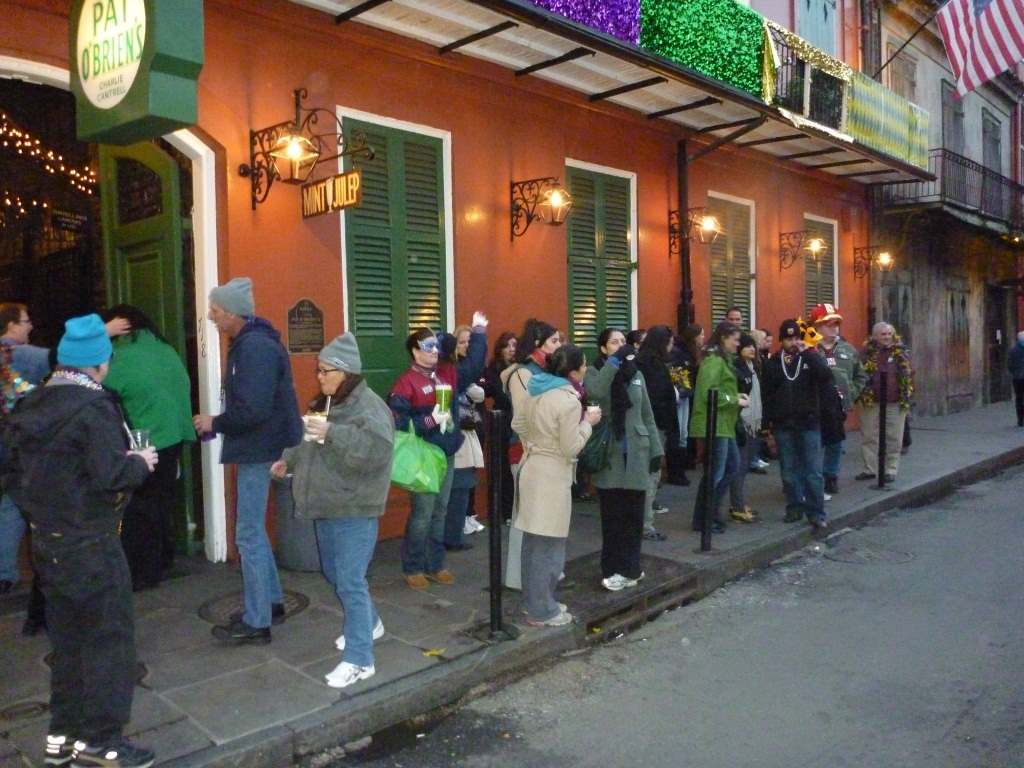 This is where they line you up to wait for the tour to start (right outside Pat O'Brien's, how convenient!)